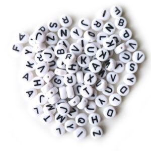 Koraliki akrylowe literki litery 4x7 mm 100 szt.