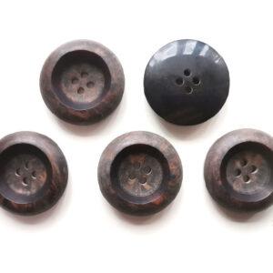Guziki ozdobne 25 mm 2 otw. 5 szt. 082